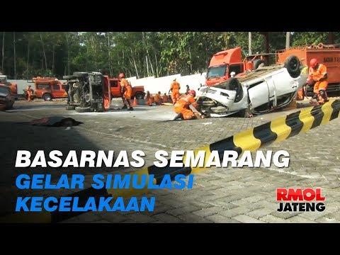 Basarnas Semarang Gelar Simulasi Kecelakaan Beruntun