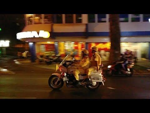 CSGT mở đường kiểu này ai dám không nhường đường - Most experience police escorted VIP - Thời lượng: 101 giây.