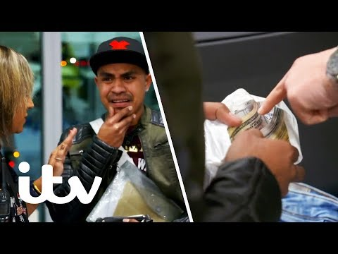 Border Force Stop a Man With a Massive Amount of Cash! | Heathrow: Britain's Busiest Airport