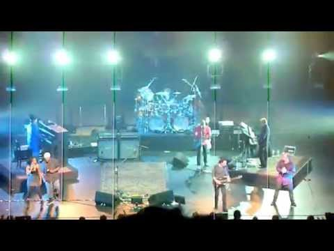 TOTO - Hold The Line live in Japan - 2011