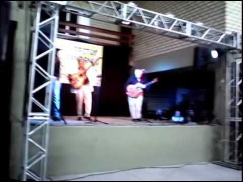 catui  e catue cantando o vento show em jaguaruna sc