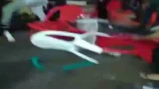 """بالفيديو.. صحن """"كنافة"""" يشعل معركة عنيفة بين سوريين ومصريين"""