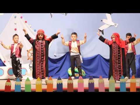 الدبكة الفلسطينية من فقرات حفل تخريج أطفال روضة سن