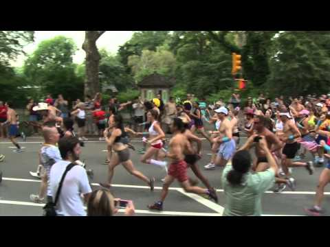 0 Course en sous-vêtements dans Central Park
