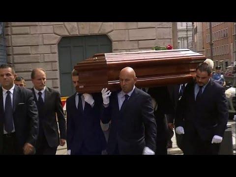 Η Ιταλία αποχαιρετά τον ουμανιστή πρόεδρο Κάρλο Τσιάμπι