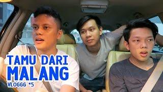 Video VLOGGG #5: Tamu Dari Malang MP3, 3GP, MP4, WEBM, AVI, FLV Oktober 2017