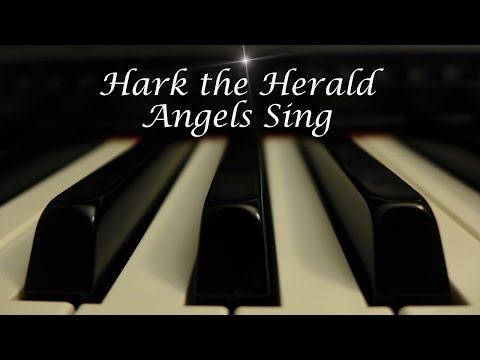 Hark The Herald Angels Sing - Christmas Hymn On Piano With Lyrics