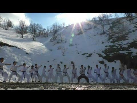 Καράτε μέσα στο χιόνι