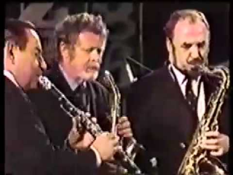 That's a plenty - Peanuts Hucko in Switzerland 1986. online metal music video by PEANUTS HUCKO