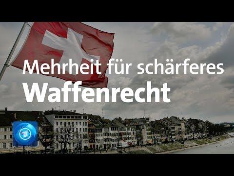 Schweiz: Volksabstimmung mit Mehrheit für schärferes Waffenrecht