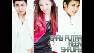 Video Jangan kau pergi - Erry Putra , Reen & Shajiry MP3, 3GP, MP4, WEBM, AVI, FLV Agustus 2018