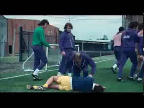 Brian Clough's painful first Leeds Utd training session (The Damned United)