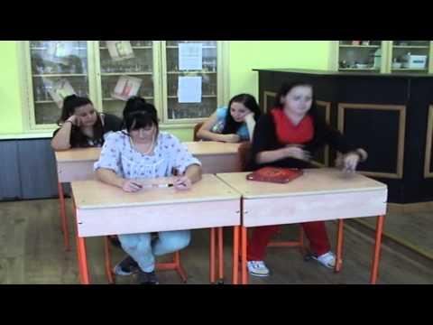 2012 - 4.E a ich 13 vecí, ktoré nerobiť v škole