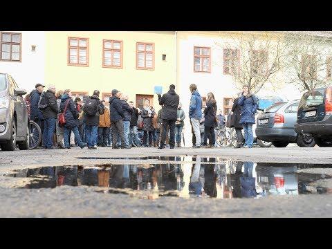 Potsdamer Bürgerdialog mit einer Stadtteilwanderung i ...