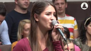 Daniela Maties - Stau din nou gandindu-ma la cer