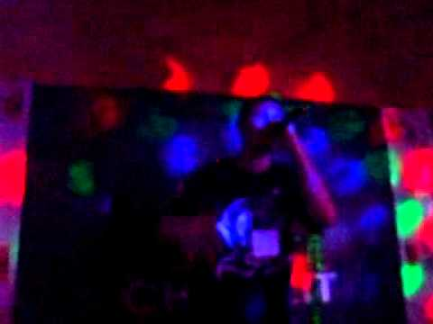 Video Hato UV Club live