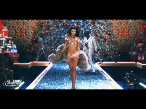 "Miranda Kerr Victoria's Secret Runway Compilation HD ""Just The Way You Are"""
