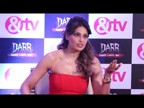 Video Bipasha share's her real horror experience during the shoot of film aatma download in MP3, 3GP, MP4, WEBM, AVI, FLV January 2017