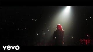 Louane Tourne pop music videos 2016