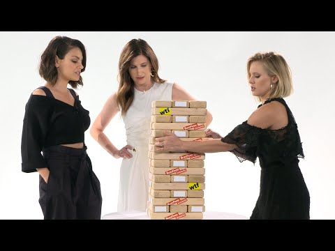 """Kristen Bell & The Cast Of """"A Bad Moms Christmas"""" Play Truth Or Dare Jenga"""