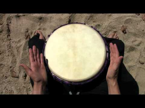 Drum Up Big – demonstration of Sofa djembe accompaniments