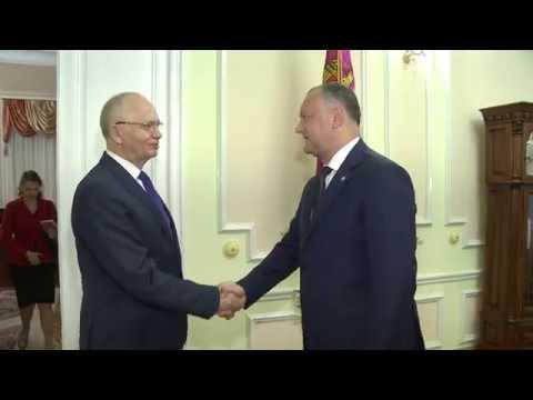 Președintele Igor Dodon a avut o întrevedere cu Ambasadorul Extraordinar şi Plenipotenţiar al Federaţiei Ruse în Republica Moldova