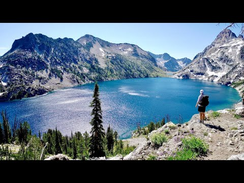 Hiking 70 Miles Alone on the Sawtooth Loop Trail in Idaho