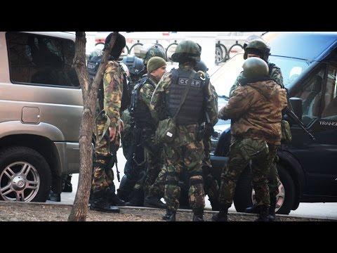 Ограбили тир и напали на ФСБ | НАСТОЯЩЕЕ ВРЕМЯ (видео)