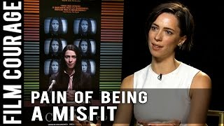 Nonton Pain Of Being A Misfit   Rebecca Hall On Portraying Christine Chubbuck In Christine Film Subtitle Indonesia Streaming Movie Download