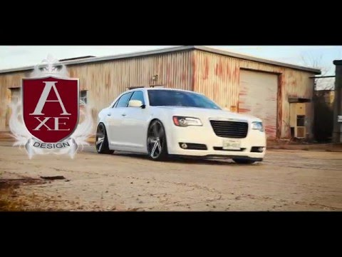 Bagged Chrysler 300 running Axe EX20