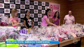 Outubro Rosa: Polícia Civil de Bauru doa lenços aos pacientes em tratamento contra o câncer