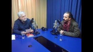 Juan Pablo Cárdenas conversa con Tito Tricot