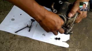 6. Cara Mudah Melepas Dan Memasang Seal Klep Pada Motor - Praktek Servis Mesin Motor