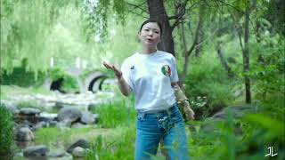 Blu-G – Popping in Nature