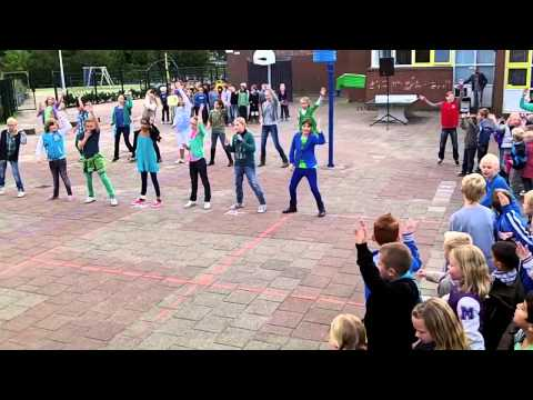Dick Brunaschool FlashMob