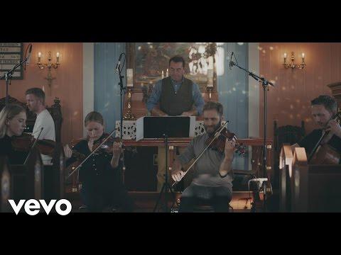 Ólafur Arnalds - Raddir ft. South Iceland Chamber Choir thumbnail