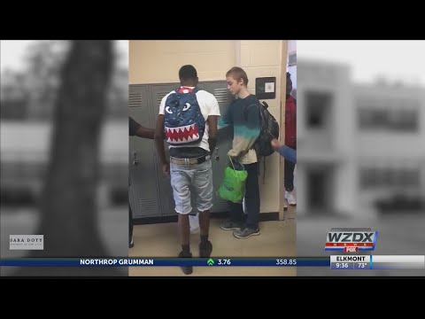 Bullied boy in Memphis gets help from classmates