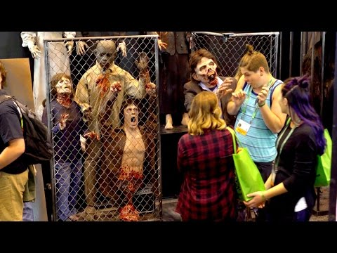 Zombie SCARES At Transworld Halloween Show 2016