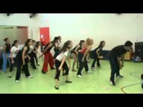 Binho Style aula de freestyle (bases) dois corregos academia ANA MARIA