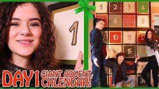 Video GIANT Advent Calendar Day 1 Christmas Countdown 2017 MP3, 3GP, MP4, WEBM, AVI, FLV Juli 2018