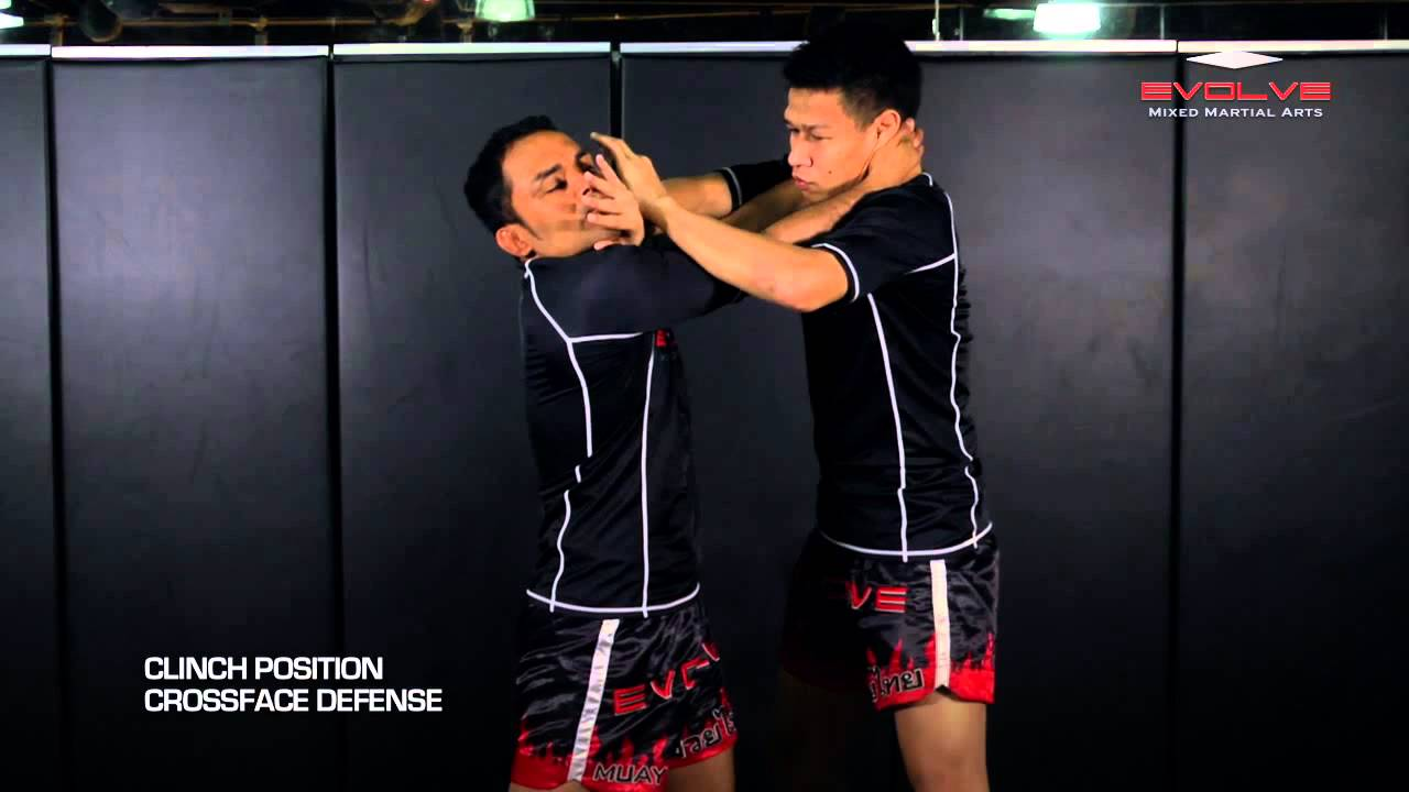 MUAY THAI: 6 Basic Muay Thai Clinch Positions | Evolve University