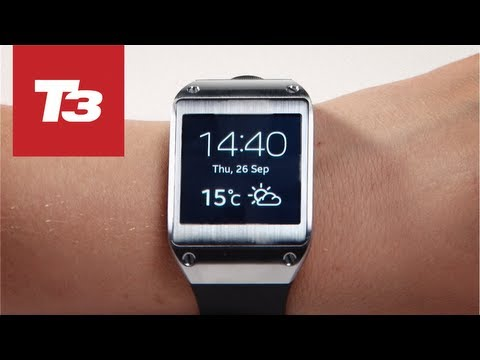 Samsung Galaxy Gear smartwatch in detail video