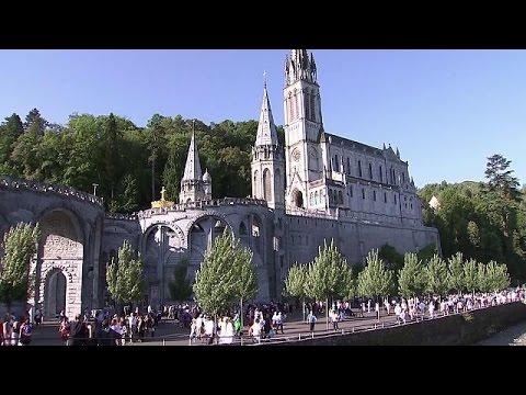 Γαλλία: Δρακόντεια τα μέτρα ασφαλείας στην Παναγία της Λούρδης