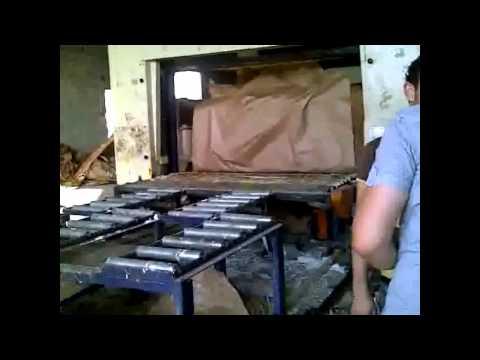مصنع - صناعة الإسفنج.