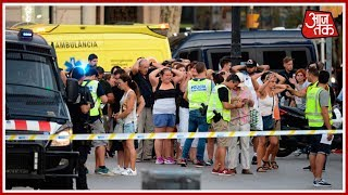 10 Tak: Van Plows Into Barcelona Crowd