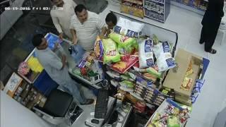 Al-Khobar Saudi Arabia  city photos : Thief in Al khobar, saudi arabia - trick cashier and fraud him 500 riyal