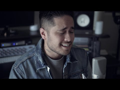Can't Help Falling In Love With You - Elvis Presley (Cover by Travis Atreo)