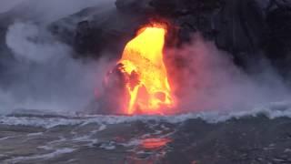 Video Hawaii: Lava flow and ocean entry MP3, 3GP, MP4, WEBM, AVI, FLV September 2018