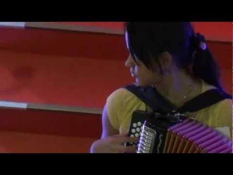 vallenatos nuevos 2012 - Estos es una muestra de los nuevos talentos que se estan levantando en el vallenato.