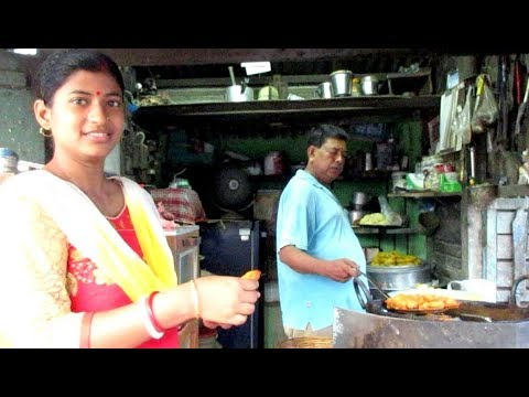 Beguni & Roomali Roti || Indian Street Food || Food Ninja